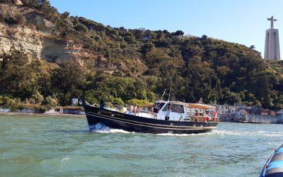 Trawler Clássico Arimar